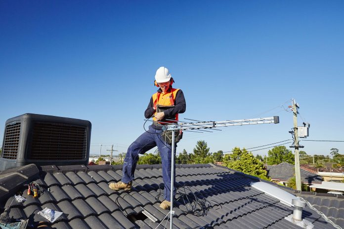 Benefits of Hiring Professional TV Antenna Installation Services