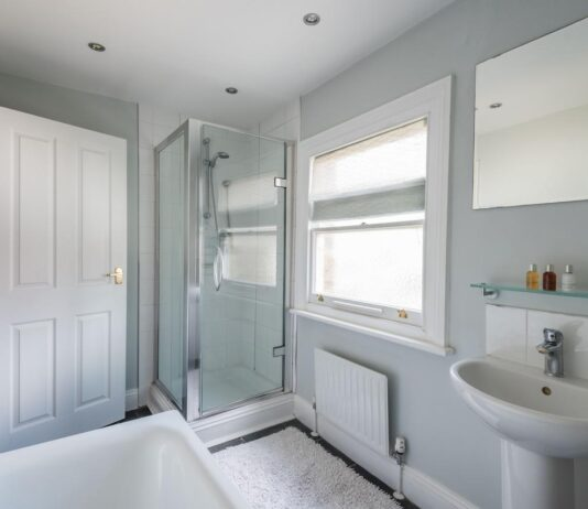 Make your Bathroom Clean and Healthy with Deep Cleaning Twickenham